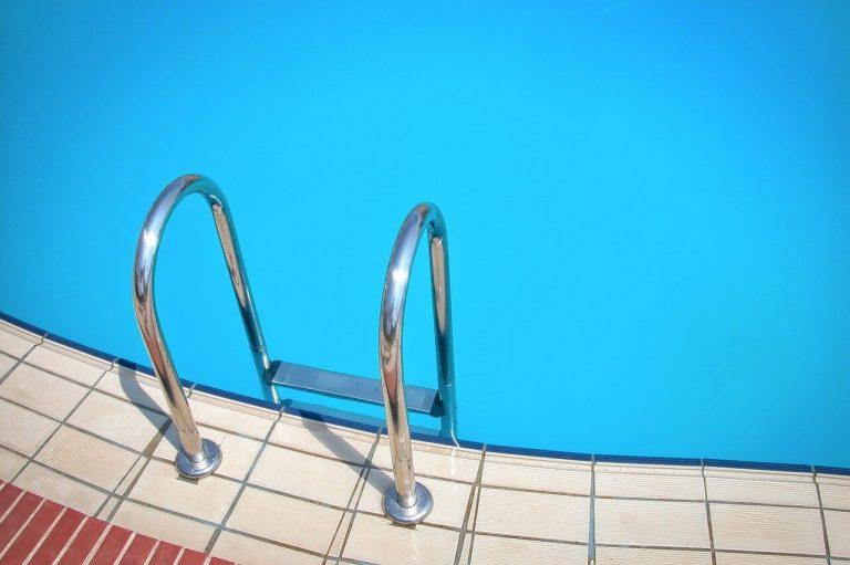 reparacion de fugas de agua en piscinas madrid