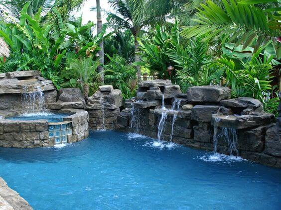 construcción piscinas naturales madrid
