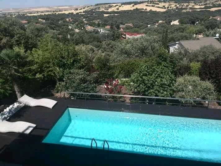 construcción piscinas de diseño madrid